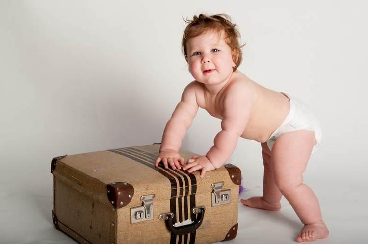 boutique photography babies baby portrait newborn nelson nz cute baby photo suitcase
