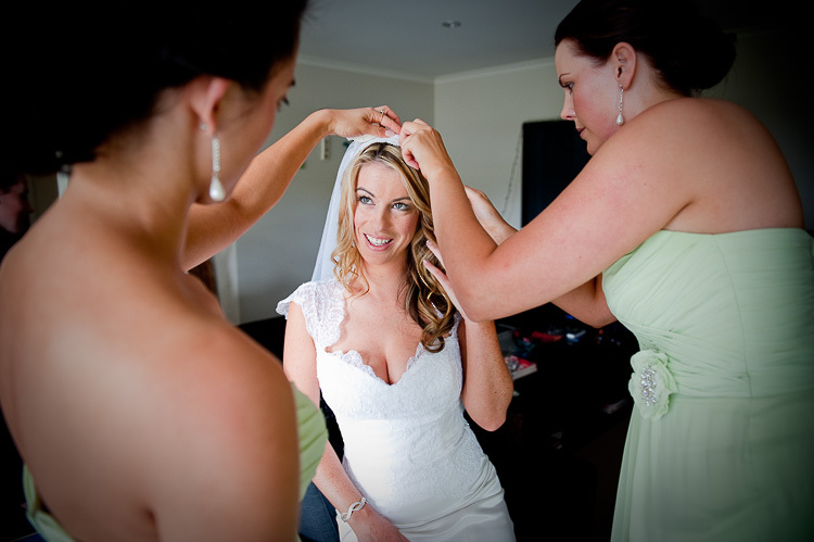 bride bridesmaids bridal party nelson nz wedding photos bridal party sandra johnson boutique photography getting ready preparation veil
